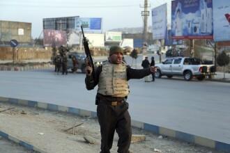Atac armat cu peste 43 de morţi, în Kabul. Este unul dintre cele mai sângeroase din 2018