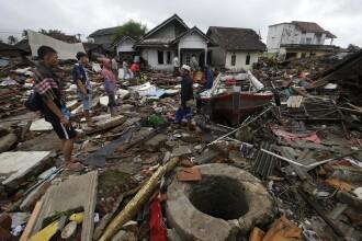 Tsunami în Indonezia. Bilanţul a crescut: 429 de morţi şi 1.500 de răniţi
