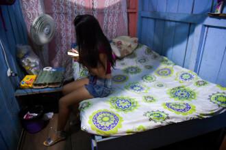 Tinerele care fug din Venezuela, forțate să se prostitueze pentru câțiva dolari