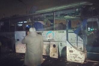 Autobuz plin cu turiști, vizat de o explozie în Cairo. Sunt 2 morți și 12 răniți