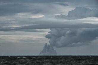 Modificare dramatică a vulcanului din Indonezia care a erupt săptămâna trecută. FOTO