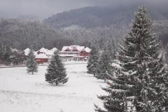 Ce primește un cuplu care a dat 1700 de euro pentru 4 nopți la un hotel în Poiana Brașov