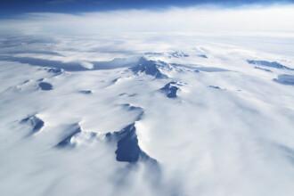 """Cercetători din Antarctica au înregistrat sunete """"stranii"""" din spațiu"""