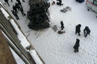 Accident teribil în Rusia. 15 persoane au murit după ce un autobuz a căzut într-un râu