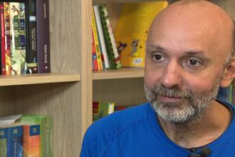 Valeriu Nicolae, omul care sfințește locul. De peste 10 ani ajută familiile nevoiașe din Ferentari