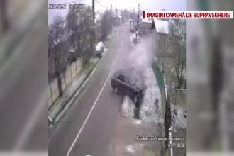 Accident surprins de camere în Dâmbovița. Dezastrul provocat de un șofer de 20 de ani