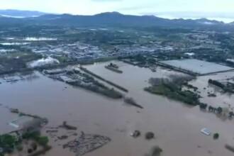 Inundații în sudul Franței. Oameni luați de viituri, elicopter de salvare prăbușit