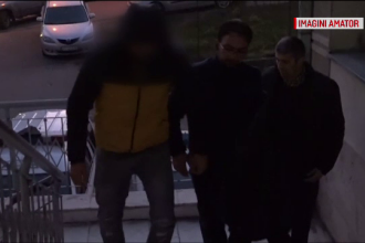 Ce au ajuns să fure spărgătorii de mașini din Argeș. Poliția a reținut deja un suspect