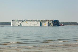 Tragedie după ce o navă cu migranți s-a răsturnat. Peste 57 de oameni au murit