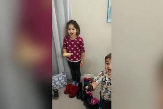 Reacția hazlie a unor copii care au primit legume de la Moș Nicolae