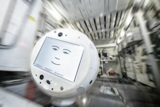 Robot inteligent, trimis pe Stația Spațială Internațională. Cum îi ajută pe astronauți