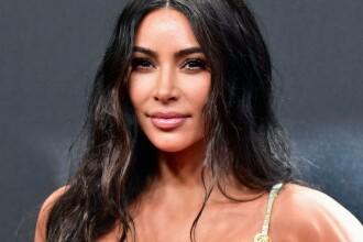 Schimbare dramatică de look pentru Kim Kardashian. Cum a apărut vedeta pe străzile din LA