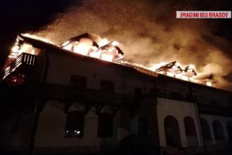 Trei incendii violente, izbucnite în Brașov. Care a fost cauza acestora