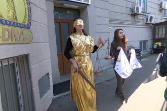Protest inedit în fața DNA. Cerințele activiștilor de mediu pentru procurorul-șef