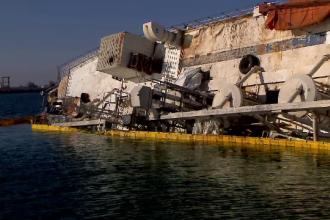 Nava eșuată din Portul Midia a intrat în custodia autorităților. Costurile operațiunii