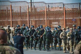Pentagonul a deschis o anchetă privind trimiterea de militari la frontiera cu Mexicul