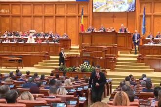 Parlamentarii s-au făcut că uită de eliminarea pensiilor speciale. Ce s-a întâmplat