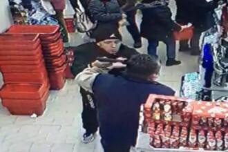 Paznicul unui magazin din Timișoara, amenințat cu pistolul de un client nervos. VIDEO