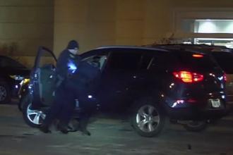 Gestul unui șofer indignat că polițiștii l-au tras pe dreapta și i-au cerut explicații