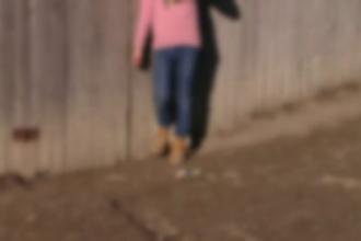 Caz înfiorător în Iași: un tată e acuzat că și-a violat fetița de 13 ani, după plecarea soției