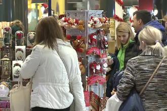 Forfotă în magazine și piețe. Programul hipermarketurilor de Crăciun