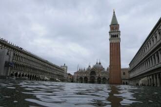 Veneția sub ape. Mareea a atins nivelul maxim