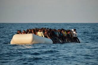 Peste 200 de migranți, la un pas de moarte chiar în ziua de Crăciun. Cum au fost salvați
