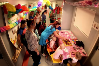 Peste 260.000 de români au trimis un SMS pentru a susține ridicarea primului Spital de oncologie pediatrică din România