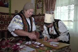 """Cum va fi anul 2020. Gospodinele din Mureș au consultat """"calendarul de ceapă"""""""