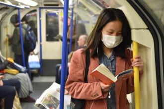 Pandemia le-a redeschis românilor apetitul pentru lectură: 35% au citit cărți. Cum stau cu muzica, teatrul și filmele