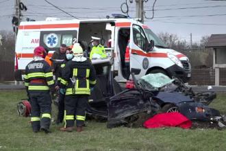 Un șofer de 58 de ani a murit după ce un camion a intrat pe contrasens și l-a lovit în plin