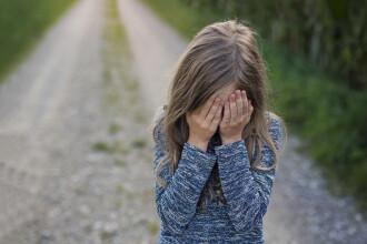 Un bărbat din Huși, arestat preventiv, după ce și-ar fi violat fiica de 13 ani