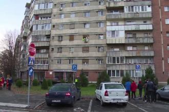 O femeie a fost găsită moartă după ce a căzut de la etaj, în Oradea. Oamenii nu înțeleg ce s-a întâmplat