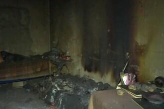Un tânăr din Dâmbovița a murit în somn, intoxicat cu fum. Cum s-a produs incendiul