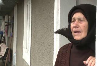 Bătrânii de la sat primesc bani pentru o masă caldă, dar nu au unde să îi cheltuie