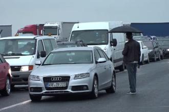Tranzitarea frontierei cu Ungaria a fost reluată. Mașinile au fost blocate ore în șir în vamă