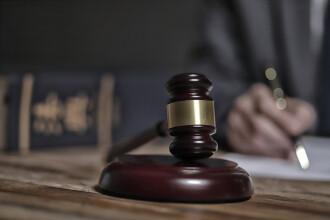Decebal Bacinschi, fost primar al Focşaniului, condamnat la trei ani de închisoare cu suspendare pentru corupţie
