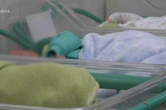 Caz cutremurător în București. Un bebeluș a fost găsit abandonat într-o pungă. Care e starea lui