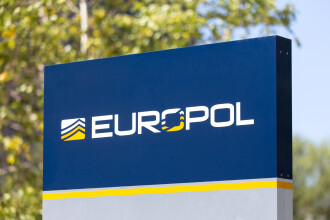 Şefa Europol avertizează asupra pericolului apariţiei unor false vaccinuri anti-Covid