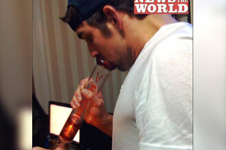 Michael Phelps a fumat canabis la o petrecere, in noiembrie 2008