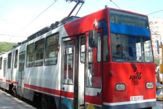 Zeci de tramvaie blocate in Capitale din cauza unui accident