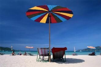 Plaja gratuita in fata hotelului? Mai asteptati un an