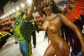 Carnavalul de la Rio sfideaza criza mondiala