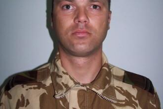 Militarul ucis in Afganistan, condus pe ultimul drum de 1.000 de persoane