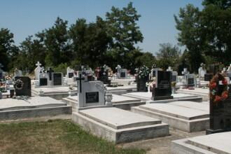 Furt langa morminte! Cu ce a plecat un hot din Cimitirul Evreiesc