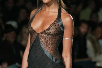 Naomi Campbell, plina de ifose si cu geografia la pamant!