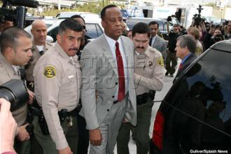 Detaliu surprinzator in procesul lui Conrad Murray. Michael Jackson ar fi putut fi salvat