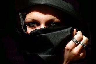 Opt printese arabe, acuzate de trafic de persoane in Belgia