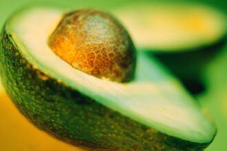 Avocado previne cancerul, cataracta si este foarte bun pentru par