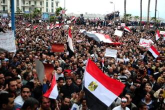 In a 13-a zi de proteste, egiptenii au descoperit ca pot avea un dialog